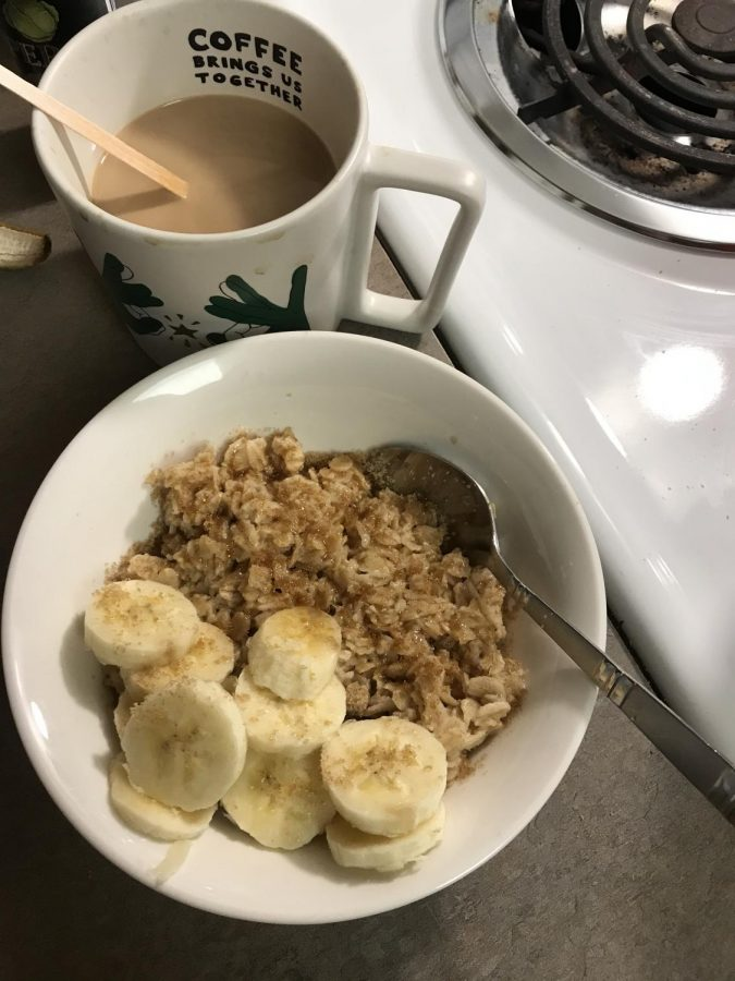 Features editor, Gabrielle, made the Red and Gold Oatmeal dish for her morning breakfast. It is paired with her morning coffee but can be easily substitued for a delicious tea as well.
